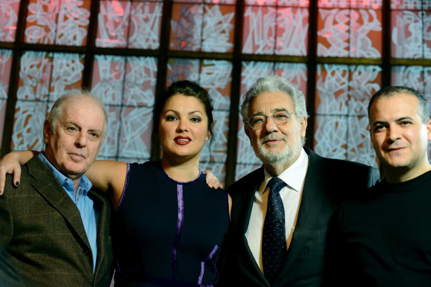 Daniel Barenboim, Anna Nyetrebko, Placido Domingo és Gaston Rivero