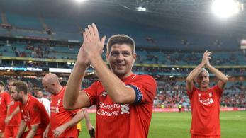 A Liverpool egy meccsre visszahívja Gerrardot
