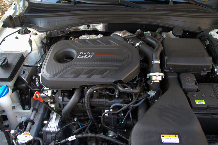 Hozza a szintet, jól sikerült a Kia első, igazán erős motorja.