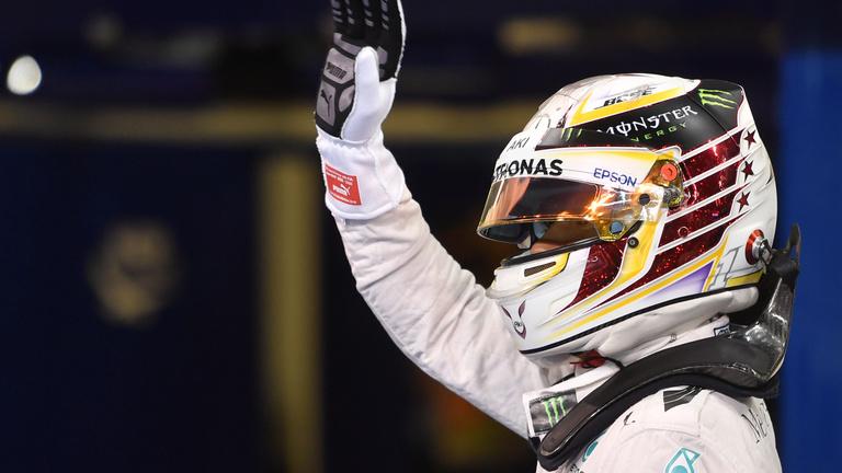 Hamiltoné a pole, de ez még kevés Rosberg ellen