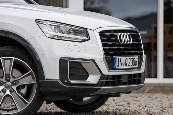 Ez az új Audi-designvonal első fecskéje – figyeljék a hatszögletű maszkot!