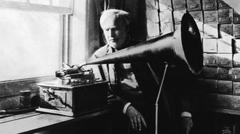 Edison így mutatta be a fonográfját