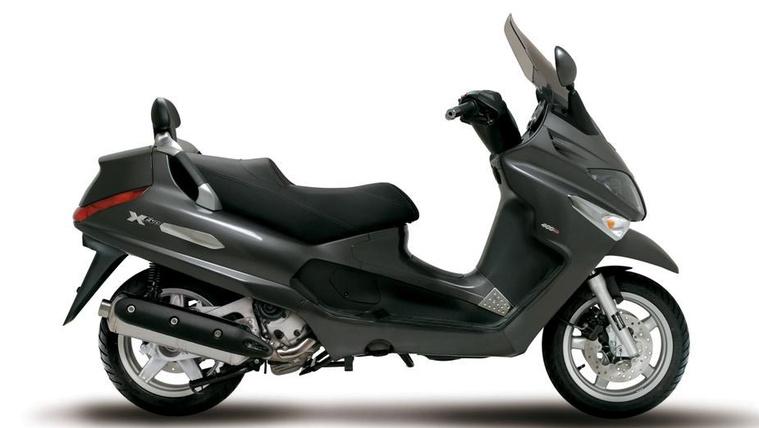 Piaggio X-Evo 400