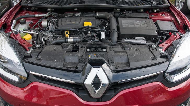 03-Renault-001