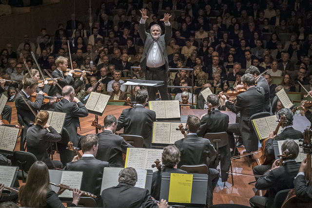Eötvös Péter és a Bécsi Filharmonikusok