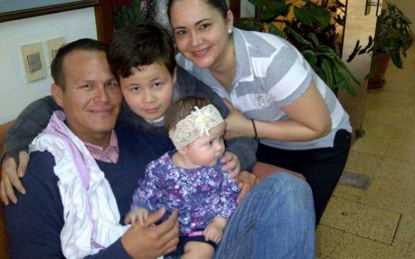 Miguel Quiroga családja körében