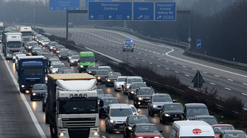 A magyaroknak is fizetni kell majd a német autópályákon
