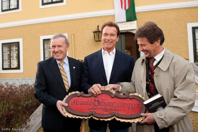 Arnold állítólag akárhányszor Ausztriában jár, beköszön Thal-ba is