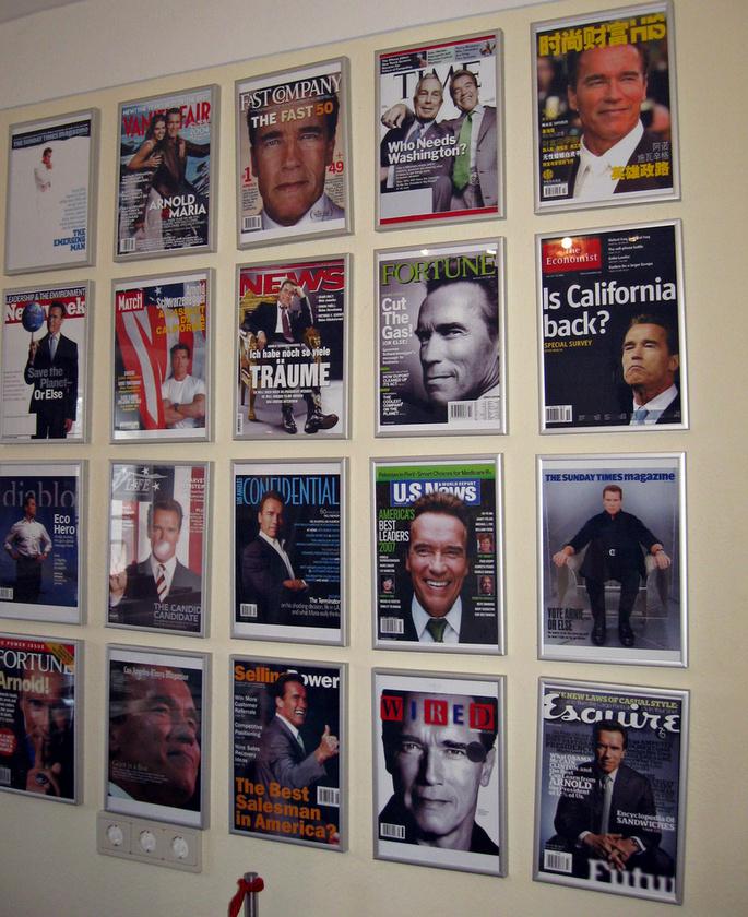 A legmenőbb címlapok sem hiányozhatnak a szülői ház faláról
