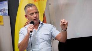 Hírek kávé mellé: Schobert Norbert azt állítja, hogy diétás krumplipürét talált fel