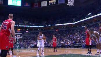 Elszakadt a cérna, megunták az NBA-óriás tökölését