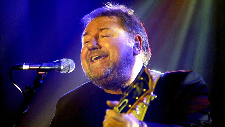 Meghalt a King Crimson és az Emerson, Lake & Palmer énekese