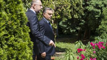 Orbán: A magyaroknak nincs mit ünnepelni a román ünnepen