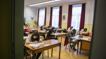 PISA-eredmények: a kilencvenes évek óta romlik a diákok tudása