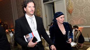 Shannen Doherty férje perel, amiért mellrákos felesége nem kapott megfelelő kezelést