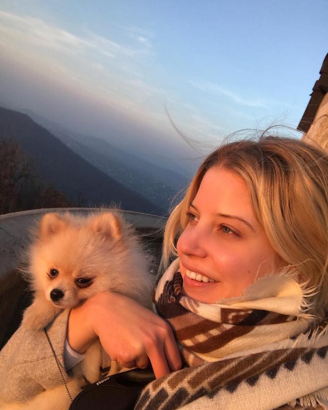 Szabó Zsófi kirándulással és kikapcsolódással hangolódik a téli időszakra