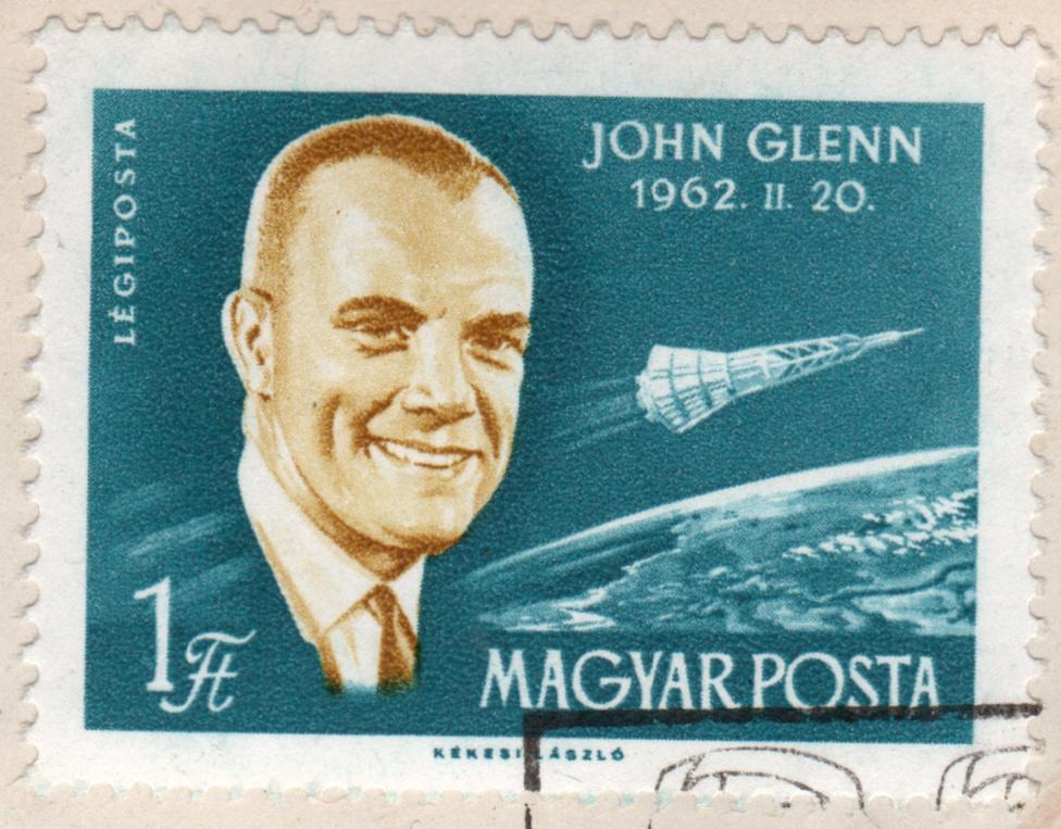 John Glenn a Magyar posta által 1962-ben kibocsátott bélyegen