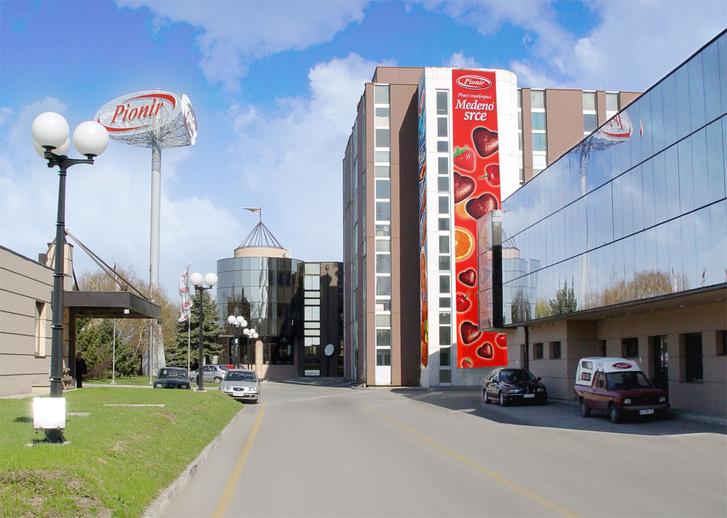 A szabadkai Pionír gyár.