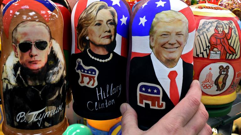 Kurvák, kompromat és Putyin szorító ölelése