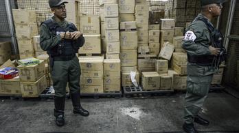 Venezuelai karácsony: államosított játékokat osztanak a gyerekeknek