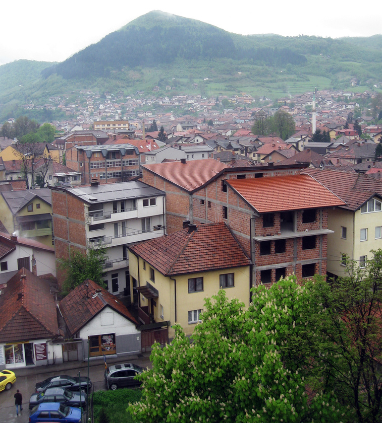 Visoko a 17 ezer lakosú boszniai város egy  völgyben helyezkedik el a Bosna folyó partján
