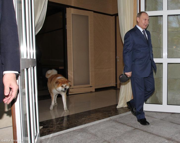 Putyin és Jume egy korábbi felvételen