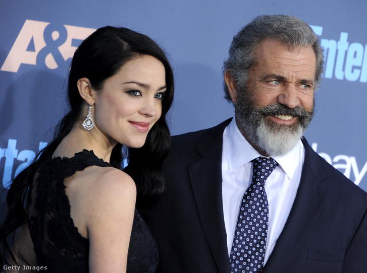 Mel Gibson és felesége