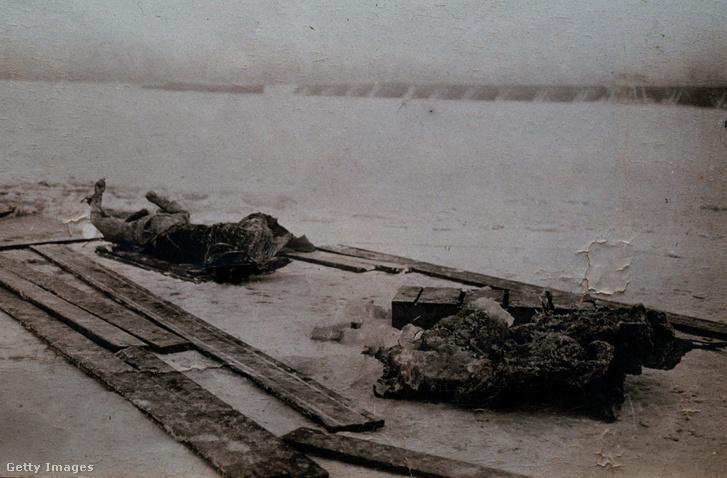 Raszputyin holtteste a Nagy-Néva partján