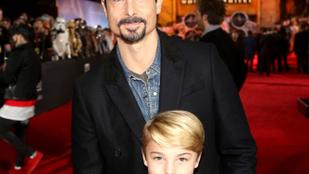 Lehetetlen, hogy Backstreet Boys Kevin az apja ennek a kisgyereknek