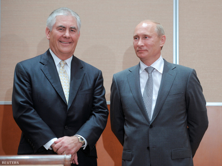 Rex Tillerson és Vlagyimir Putyin 2011-ben