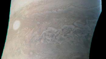 Pazar kép érkezett a Jupiter egyik igazgyöngyéről