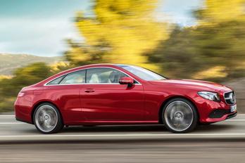 Elegáns lett az új Mercedes kupé