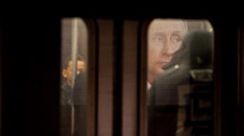 Putyin áll a Clinton elleni hackertámadások mögött