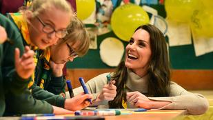 Katalin hercegné cserkészkedésből is kiválóan teljesít