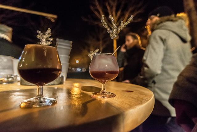 Heisse Hexe - a legjobb ital a hideg időben! Likőr, tejszínhab, fahéj, aszalt szilva.