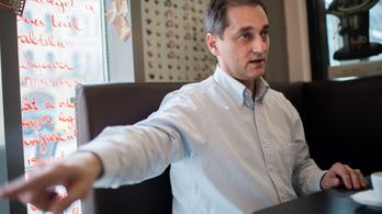 Hunvald György beindította a választási kampányát, az MSZP-ben frászt kaptak