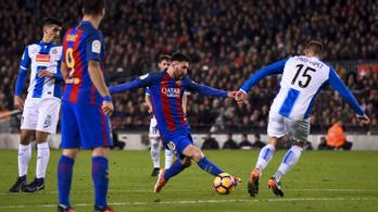 Messi egy perc alatt kétszer megőrjített négy védőt