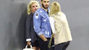 Ön érti, mit művel Britney Spears ezekkel az emberekkel?