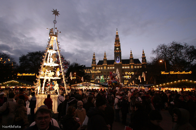 Nagy körültekintéssel, de látogassák tovább a vásárokat - kéri az osztrák belügyminiszter