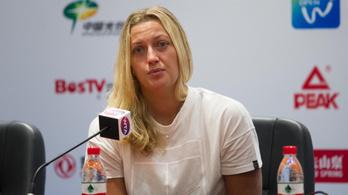 Késsel támadtak a cseh teniszsztárra otthonában