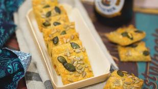 Gyors sós szilveszterre: pesztós sajtkockák
