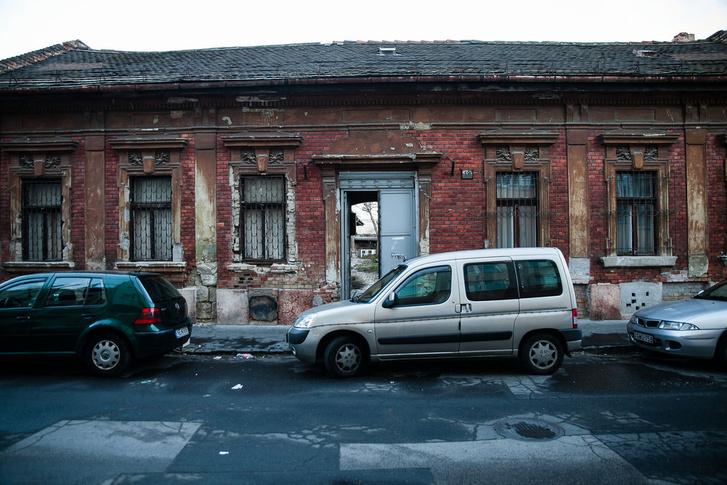 Eladásra kijelölt ház a Kálvária utcában