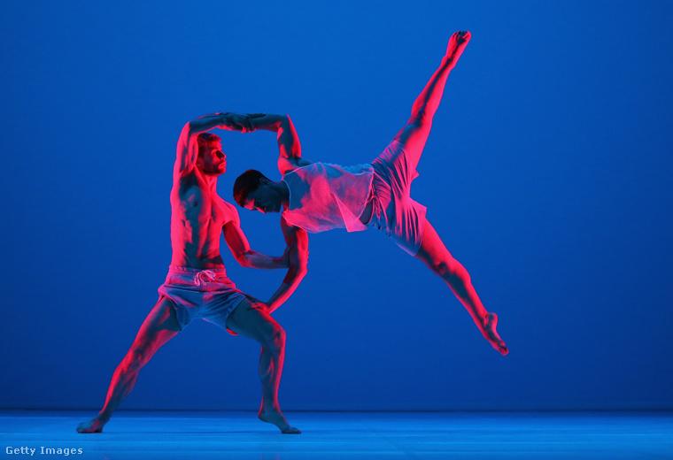 Két táncos Sydney-ből