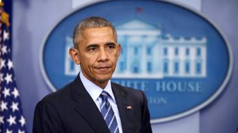 Obama búcsúzóul még belerúg a magánszférába