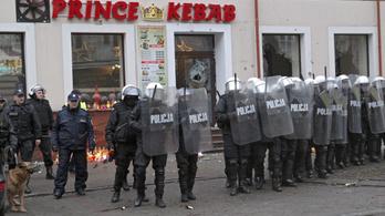 Vádat emeltek a lengyelországi késelő kebabos ellen