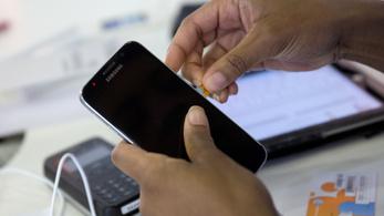 Egy embernek legfeljebb tíz feltöltős SIM-kártyája lehet a jövőben