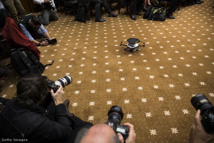 Drónreptetés egy bizottsági meghallgatásonWashingtonban