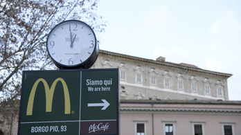 Hiába tiltakoztak a bíborosok, megnyílt a vatikáni McDonald's