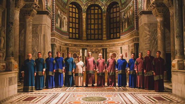 A közönséget is megénekeltető férfikórustól zeng szombaton a Bazilika