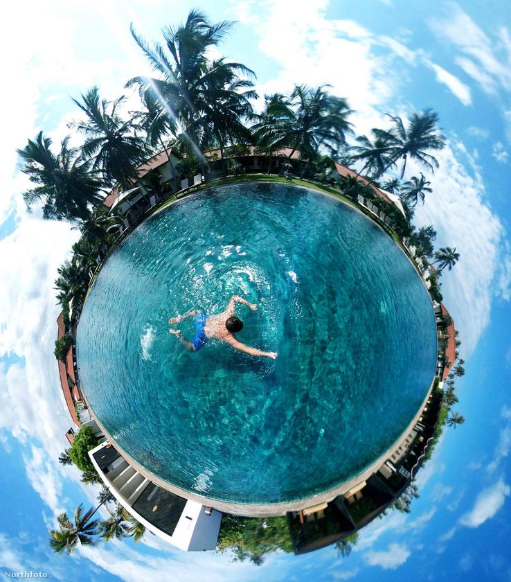 Létezik egy 34 éves férfi, aki az elmúlt 3 hónapot azzal töltötte, hogy a világ legszebb és legkülönlegesebb tájain készített 360 fokos fényképeket